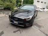 INFINITI Q30 1.5 diesel Premium city black dct