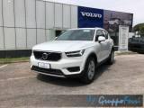 VOLVO XC40 D3 Geartronic Momentum Pro